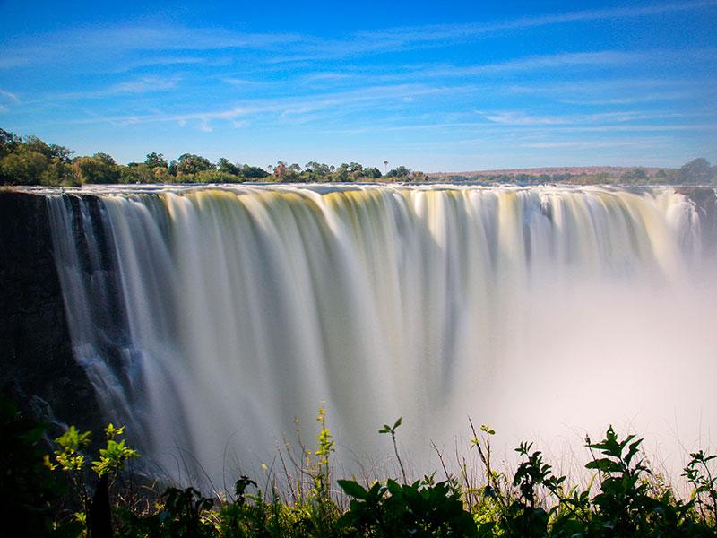 Victoria Falls<br>Zambia and Zimbabwe